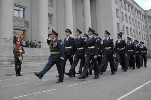 Иеромонах Леонид (Маньков) благословил выпускников кадетской школы IT-технологий